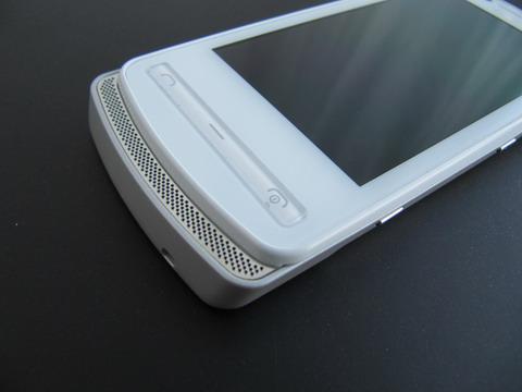 динамика в Nokia 700.